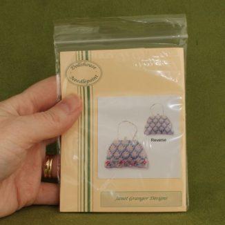 Dollhouse needlepoint handbag purse Shell pink kit packet