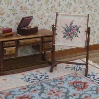 Larkspur needlework stand tapestry frame kit dollhouse miniature needlepoint accessories petit point embroidery