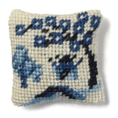 Willow Pattern dollhouse needlepoint cushion kit