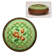 Dollhouse needlepoint footstool kit Barbara (green)