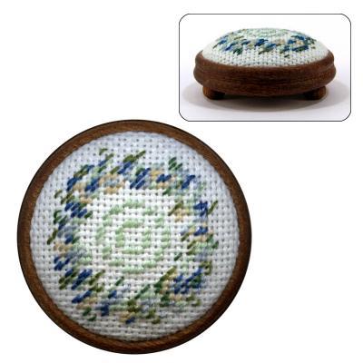 Dollhouse needlepoint footstool kit Kate (blue)
