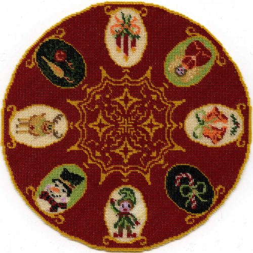 Dollhouse needlepoint Christmas tree mat - Christmas Cameos