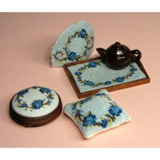 Dollhouse needlepoint Flower ring blue collection of kits