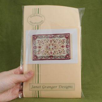 Dollhouse needlepoint carpet rug Prudence cream kit pack
