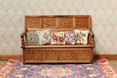 style-cushions-elizabeth