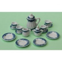 Dollhouse scale tea set (blue leaf)
