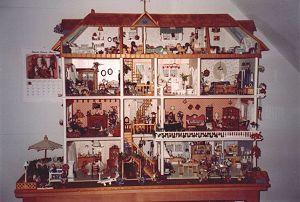Heide's dollhouse