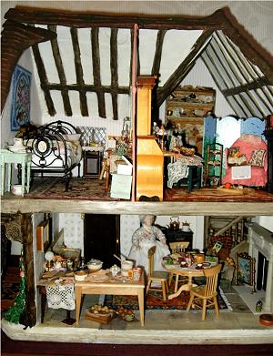 Janet B's country cottage dollhouse interior