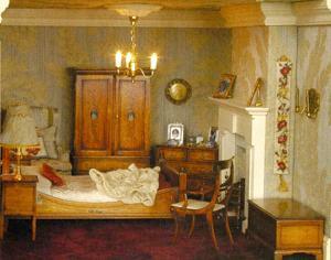 The bedroom has a Summer Roses bellpull