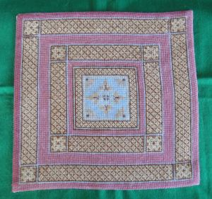 Isobel design dollhouse needlepoint carpet - with extra border
