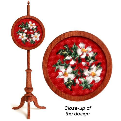 Dollhouse needlepoint polescreen kit: Winter Wreath